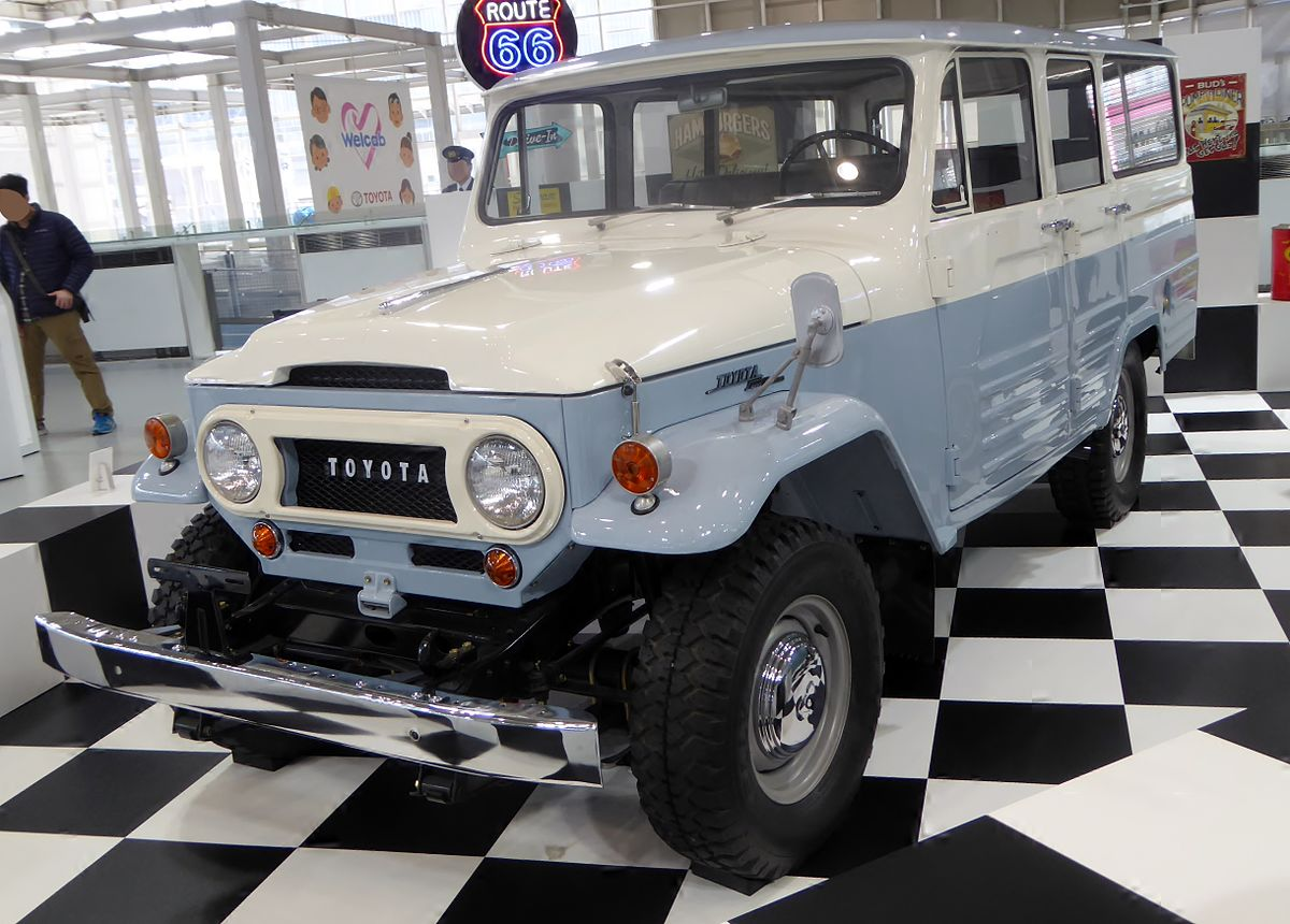 Toyota Land Cruiser (J40,the United State) front.JPG