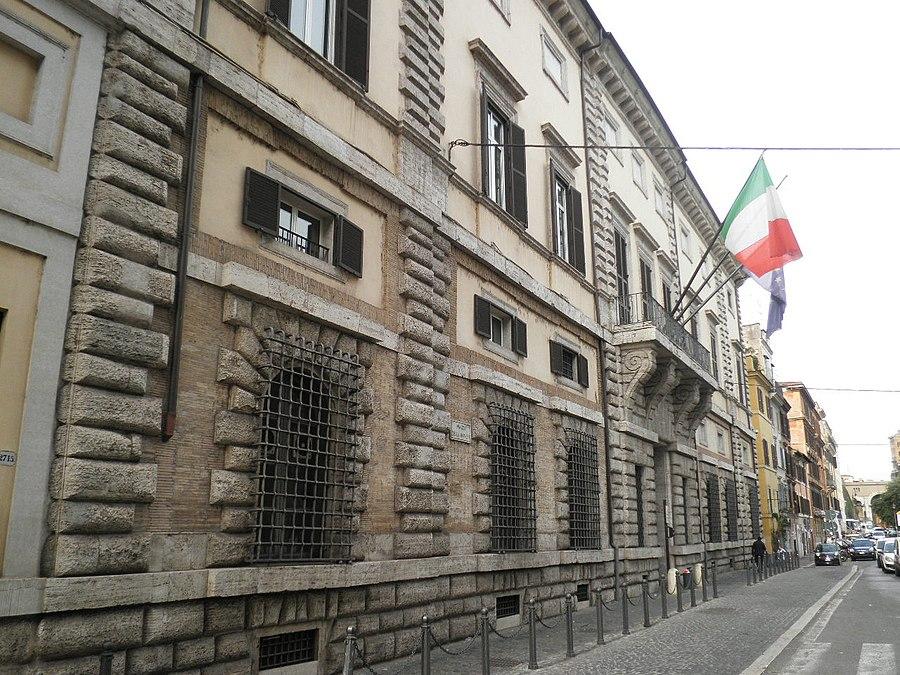 Palazzo Salviati (Rome)