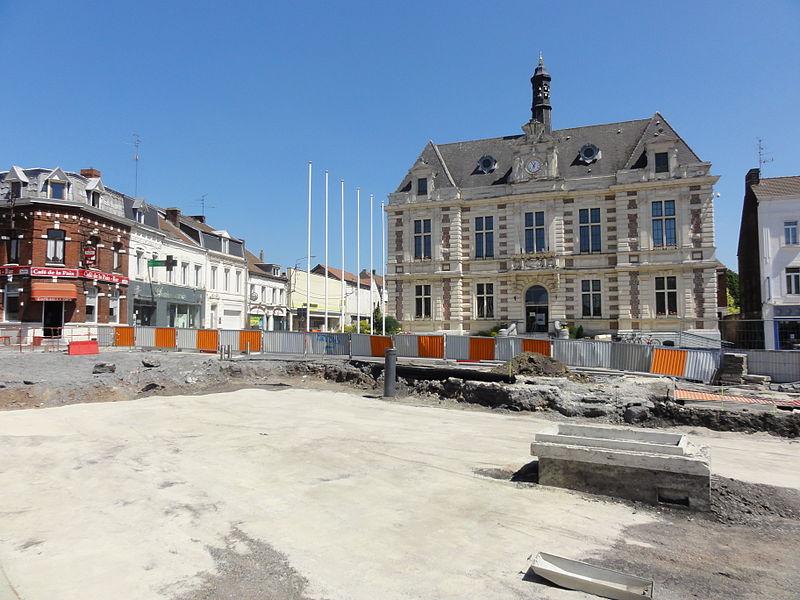 État des travaux au 26 mai 2012 sur la branche de Vieux-Condé de la ligne B du tramway de Valenciennes, dans les communes de Valenciennes, Anzin, Bruay-sur-l'Escaut, Escautpont, Fresnes-sur-Escaut, Condé-sur-l'Escaut et Vieux-Condé.