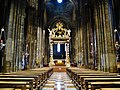 Trento Cattedrale San Vigilio Vescovo Innen Langhaus Ost 4.jpg