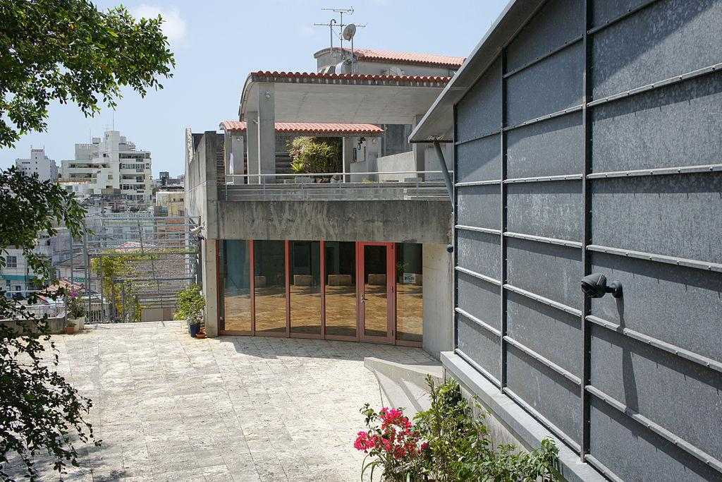 Tsuboya Pottery Museum03s5s3200
