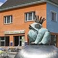 U3 Simmering Kunst Brunnen c.jpg