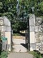 Une entrée du Parc François-Mitterrand de Seyssins.jpg