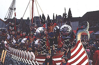 Up Helly Aa - Image: Up Helly Aa 3(Anne Burgess)30Jan 1973