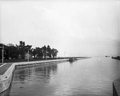 Upper Entrance of canal Soulanges.jpg
