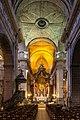 Vaisseau central de la basilique Saint-Sauveur, Rennes, France.jpg