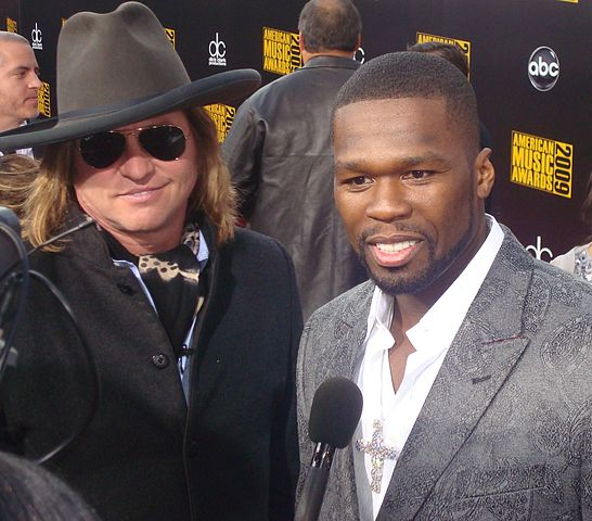 Val Kilmer and 50 Cent (cropped).jpg