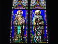 Vannes - cathédrale, vitrail de Guenhaël et François d'Amboise.JPG