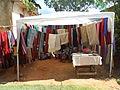 Vente de tissus en soie à Ambohidrabiby lors de la célébration du nouvel an malgache du 30 mars 2014.JPG