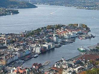 Vågen, Bergen - Vågen photographed from Fløyen looking west