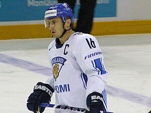 Ville Peltonen - Image: Ville Peltonen 2008IIHF