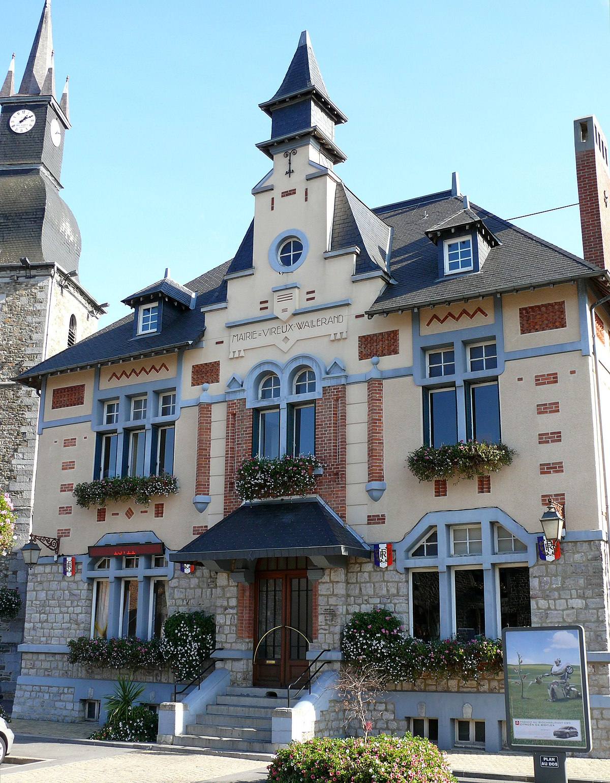 Vireux-Wallerand - Wikipedia on house floor plans, house drawing, house design, house building plans,