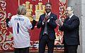 Visita del Real Madrid a la Real Casa de Correos, como campeones de la Champios League (34979478911).jpg