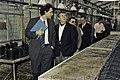Visite de Mr Bichat et du secrétaire d'état à la recherche à l'INRA de Versailles-19-cliche Jean Weber.jpg