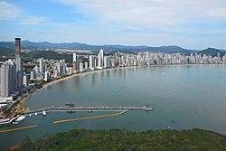 Vista parcial de Balneário Camboriú SC a partir do Parque Unipraias.JPG
