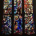 Vitrail de la messe de saint Grégoire.jpg
