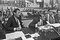 Vlnr D66-voorzitter Van Lookeren Campagne, fractievoorzitter Van Mierlo en Kamer, Bestanddeelnr 921-6066.jpg
