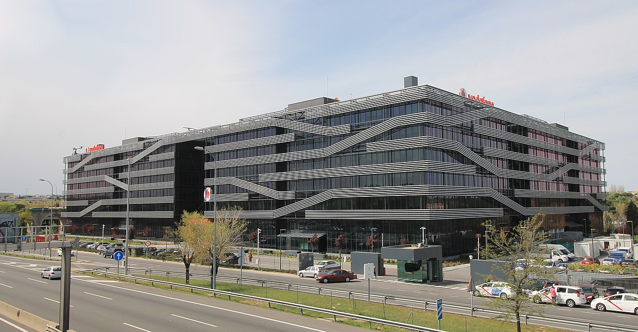 Archivo vodafone offices av am rica 115 madrid for Oficinas vodafone madrid