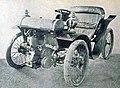 Voiture Latil de 1899, à moteur avant et freins aux quatre roues.jpg