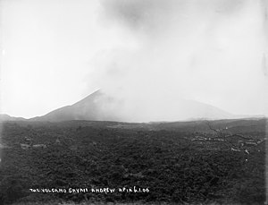 Mount Matavanu - Matavanu erupting, 1906