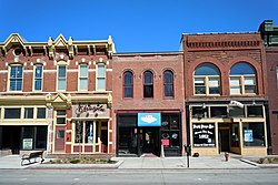 W Broadway HD C Bluffs IA.jpg