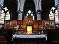 Walcourt Basilique St. Materne Innen Hochaltar 1.jpg