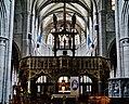 Walcourt Basilique St. Materne Innen Lettner 1.jpg