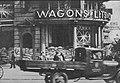 Wejście do hotelu Bristol podczas obrony Warszawy we wrześniu 1939.jpg