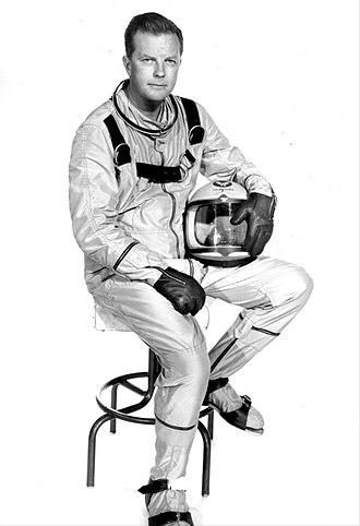 Men into Space - William Lundigan as Edward McCauley.