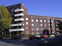 Wohnblock an der Habichtstraße in Hamburg-Barmbek-Nord.jpg