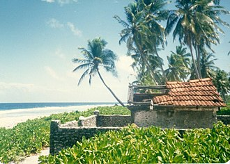 Fuvahmulah - A tomb or ziyaìraiy named Riba, located in a lonely spot on the SW tip of Fua Mulaku Island. The islanders say that it houses the body of a person who had the extreme blessing of finding land and a decent burial even after death. It was destroyed in 2011