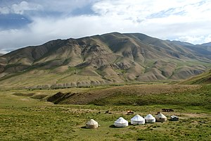 Songköl Too - Yurt Camp in the Songköl Too range