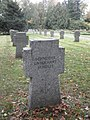 Zerbst Heidetorfriedhof Bombenopfer.JPG