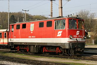 Bo-Bo - ÖBB class 2095, a narrow-gauge diesel-hydraulic B′B′ with visible coupling rods