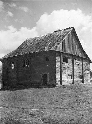 Lunna, Belarus - Image: Łuńnienskaja synagoga. Луньненская сынагога (S. Zajčyk, 1930) (2)