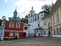 Ансамбль Псково-Печерского монастыря 003.JPG