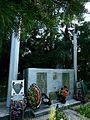 Памятник ВОВ в Гусарникове - panoramio.jpg