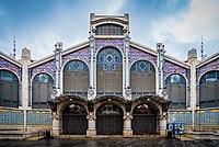 Фасад центрального рынка Валенсии.jpg