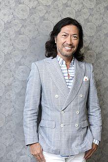 國分利治 Toshiharu Kokubun