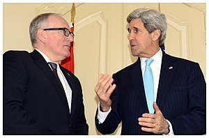 Frans Timmermans - Timmermans with US Secretary of State John Kerry at the 2014 Nuclear Security Summit.