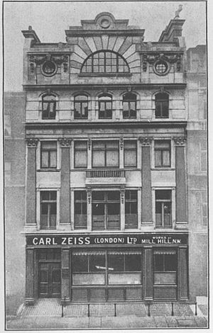 Mill Hill -  Carl Zeiss outlet in Mill Hill in 1894