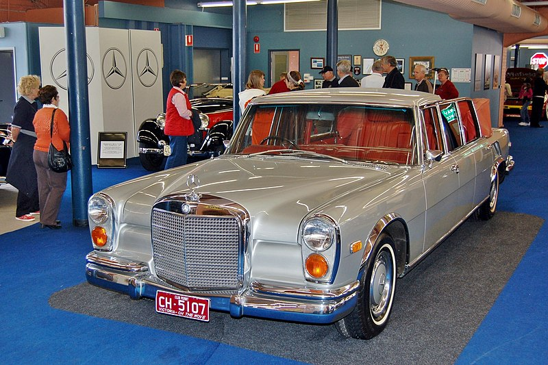 File:1971 Mercedes-Benz 600 Pullman Landaulet, Fox Classic Car Collection, 2008.JPG