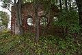 20150906 Спас-Ухра. Руины церкви Преображения Господня.jpg