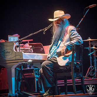 Leon Russell - Leon Russell taking time out to tell a story