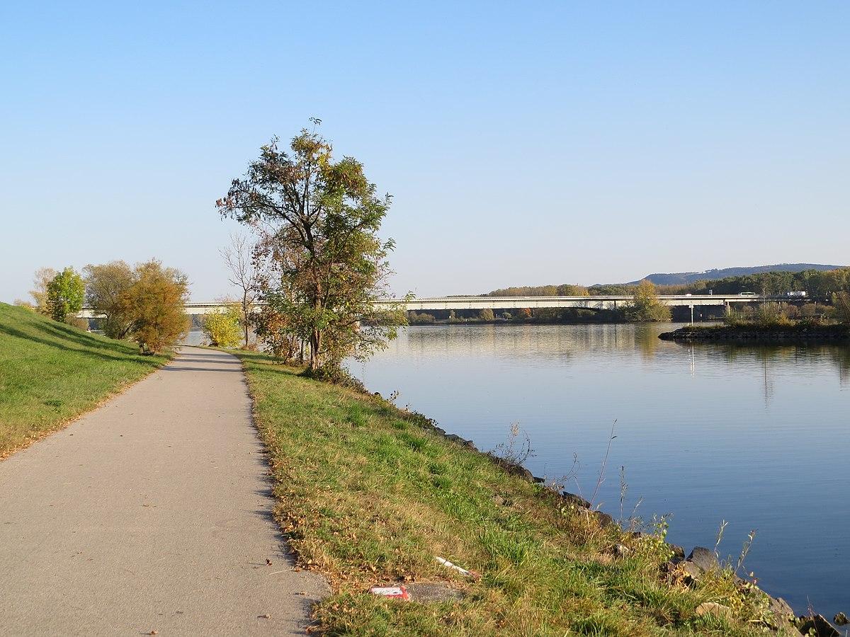 Wöhrd An Der Donau