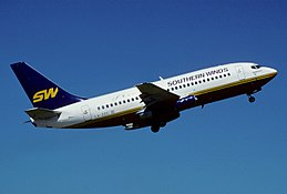 320dl - Southern Winds Boeing 737-2E1; LV-ZZC@AEP;23.09.2004 (5037108175).jpg
