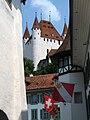 4202 - Thun - Schloss Thun over Rathausplatz.JPG