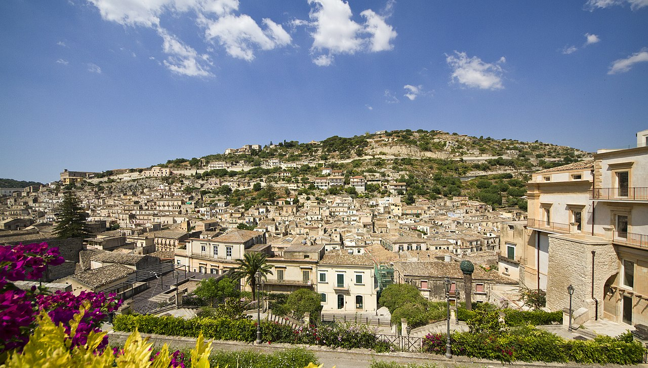 Modica Italy  City new picture : 97015 Modica RG, Italy Wikimedia Commons