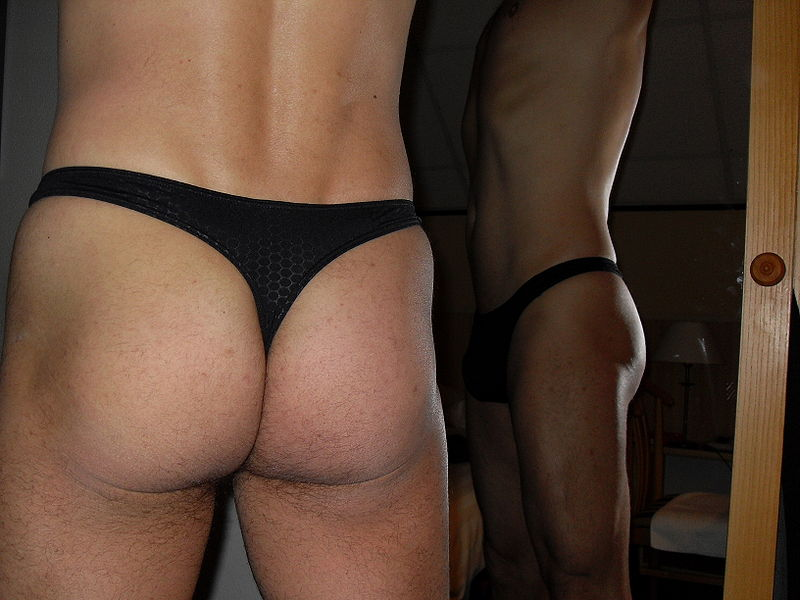 File:A-man-in-black-thongs.JPG