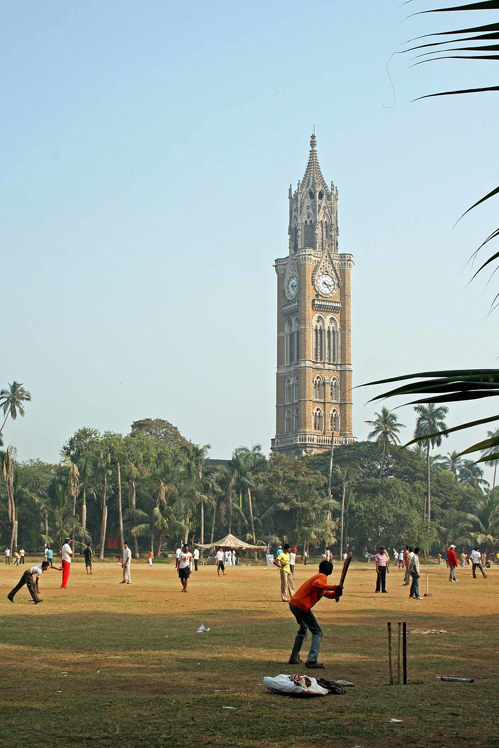 A Game of Cricket in Mumbai (2133149871)